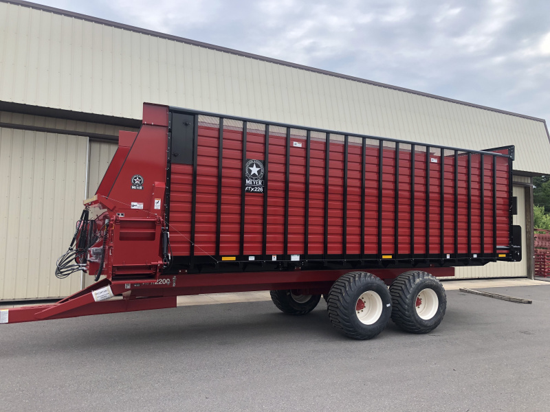 Front & Rear Unload Forage Boxes