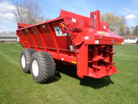 Meyer Poultry Litter Spreaders
