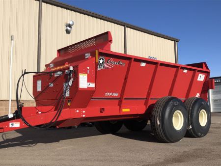 SXR/SXL Crossfire Auger Spreader / 1,355 - 2,617 gallon