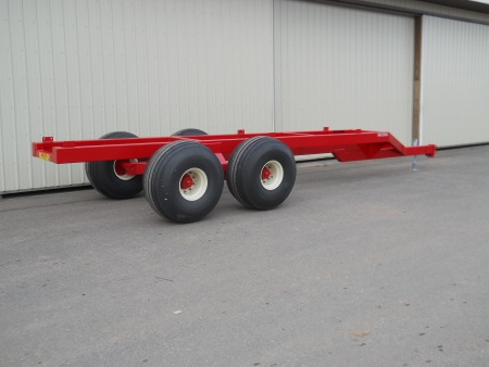 XT2200+ Tandem Trailer  /  Oscillating Axles  22 Ton